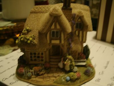 Lilliput Lane ,  The Chocolate Box , Boxed & Deeds