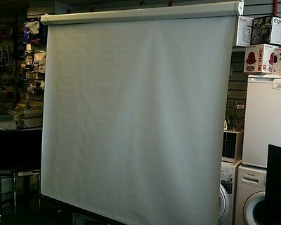 """92"""" Pull Down Projector Screen With Free Postage"""