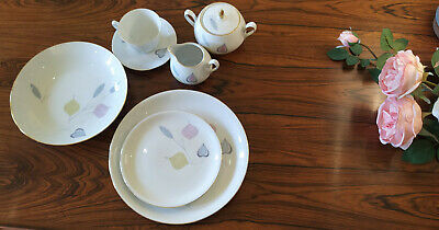 6 Person Mid Century Modern Eschenbach Germany Porcelain dinner set Spring Theme