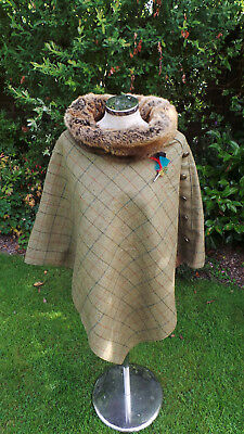 Tweed Green/brown PONCHO faux fur collar Russian Sable, with free feather Brooch