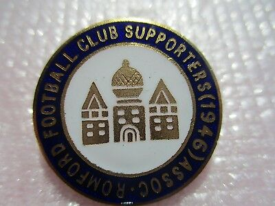 Vintage..romford Football Club Supporters Association (1946) .. Enamel Pin Badge