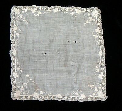 ANTIQUE VICTORIAN ENBROIDERED HANDKERCHIEF, Collectors, lace, embroidery