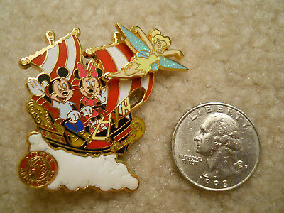 WDW Artist Choice Mickey Minnie Tinker Bell On Peter Pan's Flight LE 1500 Pin
