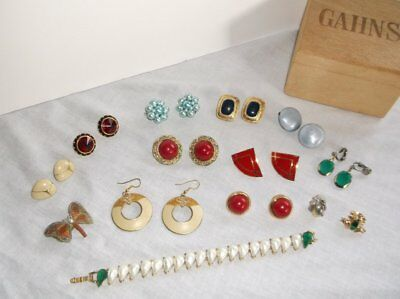 Vintage Jewelry Collection 10 Pair Earrings 1 Brooch 2 Pins 7 Inch Bracelet Box