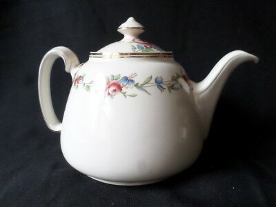 Royal Doulton. St James. Teapot. Tea Pot. D6028. Made In England.