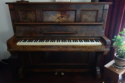 Upright piano, Richter Dresden in Walnut, lovely character feature, 85 keys