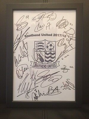 Southend United FC NEW 2017/18 Hand Signed Framed A4 Autograph Sheet