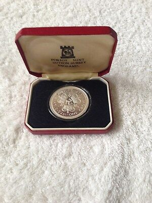 1977 CROWN OF CROWNS STERLING SILVER JUBILEE  in  Box Isle of Man