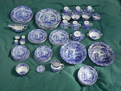 Copeland Spode set of blue-and-white traditional Italian pattern china crockery