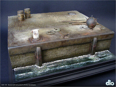 Built & Painted Diorama Base 25cm, 1:35 Old Dock Section w/Accessories