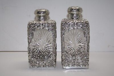 Pair of Victorian 1903 Cased Sterling Silver Bottle Decanters Hallmarked