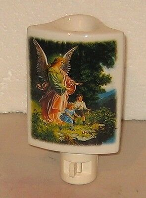 Guardian Angel Electric Plug-In Nightlight / Scented Oil Burner (C)