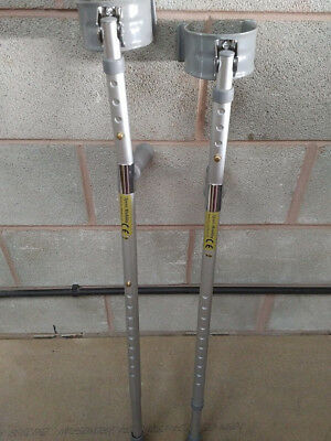 Crutches / Walking Aids / Disability Aids / Height Adjustable Lightweight