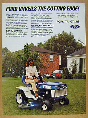 1984 Ford YT16 YT-16 Lawn & Garden Tractor color photo vintage print Ad