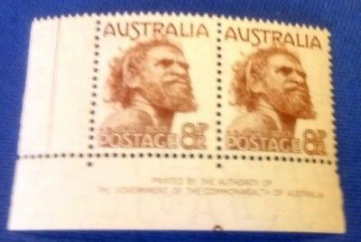Australia Stamp.  SG238. 8.5d brown corner margin pair 1950 fresh mint