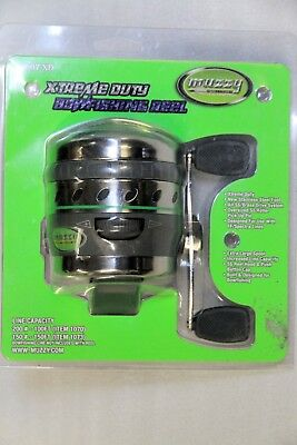 Muzzy XD Spincast Bowfishing Reel with heavy duty real seat!line not included!**