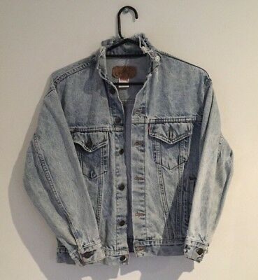 Vintage LEVIS Denim Jean Jacket 57508-0209 1980s Acid Wash Trucker Jacket Size L