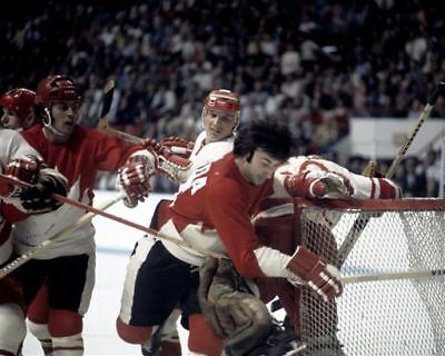 Paul Henderson, Guy Lapointe Canada 1972 Summit Series Game Auction 8x10 Photo