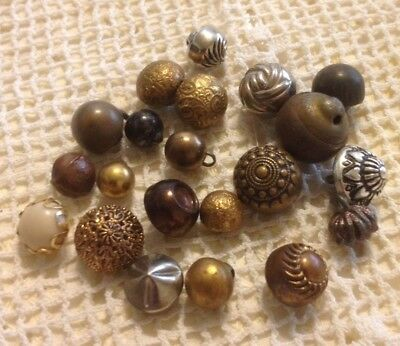 Metal Buttons Antique Vintage Lot 5 Ball Buttons Size Small And Tiny