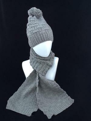 Ladies Grey Winter Hat And Scarf Set With Pom Pom Code: Whsgr03