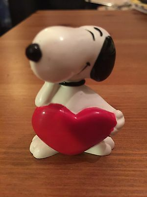 Snoopy Peanuts Rubber Love Heart Collectable Rare Vintage Classic
