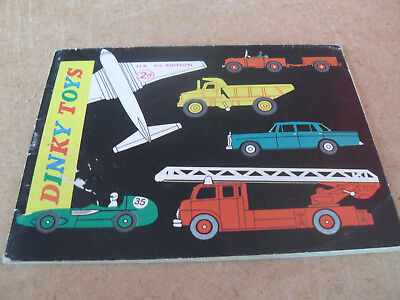 DINKY TOY CATALOGUE 1961 UK 9th EDITION EXCELLENT CONDITION FOR AGE