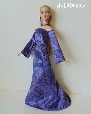 Velvet Medieval GOWN & JEWELRY for CAMI Antoinette Tonner dolls FASHION NO DOLL