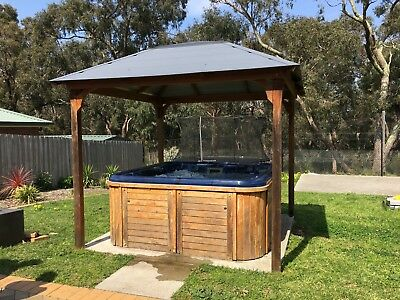 OUTDOOR SPA (LARGE- 6 SEATER) - Gazebo sold separately