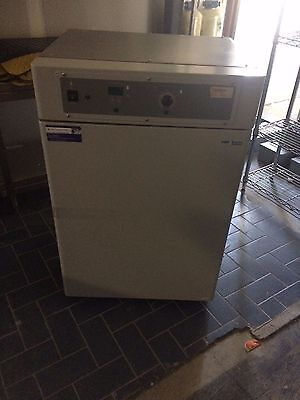 Shellab Water-Jacketed Incubator 3015
