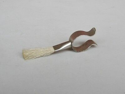 Clip - on Brush  for  gramophone / phonograph  tone-arm