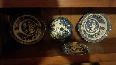 Willow Bowls And Plates 2 Serving Bowls 5 Dinner Plates And 4 Bowls See Below