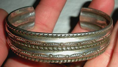 1890-1910 NAVAJO REPOUSSE & STAMP WORK INGOT SILVER CUFF BRACELET INITIALED vafo
