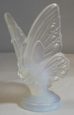 Vintage Sabino Opalescent Frosted Art Glass Open Wing Butterfly