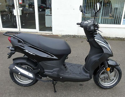 Sym Symply 50cc Moped/Scooter (Black) NEW & UNREGISTERED