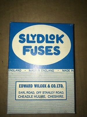 SPECIAL OFFER 10x SLYDLOK FUSE holders 1 box 5A AMPS amperes new