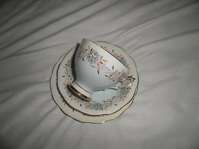 Royal Standard Bone China Cup Saucer And Sideplate