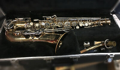 Selmer Bundy II Saxophone with Case