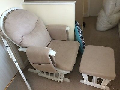 Habebe nursing chair and foot stall