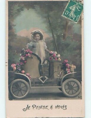 Pre-Linen foreign GIRL POSING ON FAKE BUT VERY EARLY AUTOMOBILE CAR HL9894