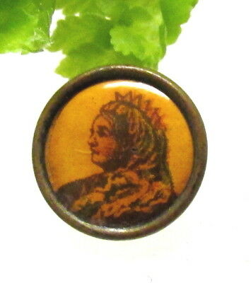 Wonderful Old Litho Button Of Queen Victoria T36