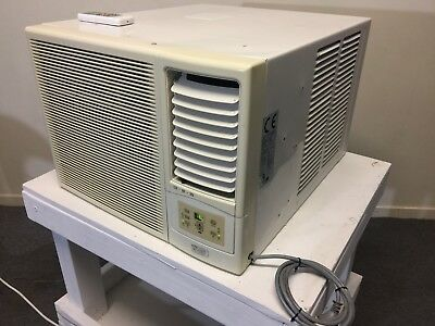 3.5 window type Ac country air/ kelvinator works excellent cold & hot