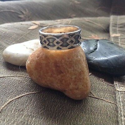 HAUNTED WICCA  Vintage Band Ring  Genuine Sterling Silver ~ SIZE 7
