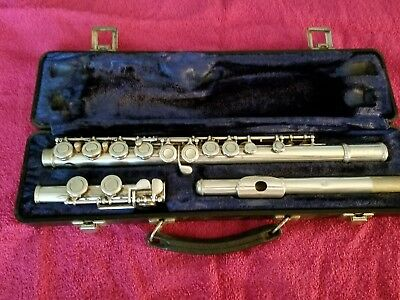 Armstrong flute with hard case.