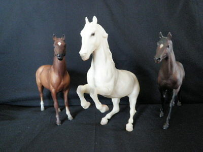 3 Breyer Horses Lipizzan Arabrian Classics Brown 2 Mold Stampted Nice Condition