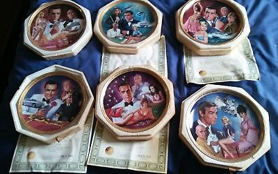 James Bond Franklin Mint Full Set Mint Condition  Collector Plates boxed