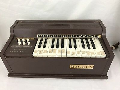 Works!! Vintage MAGNUS Model 300 1967 Electric Chord Organ