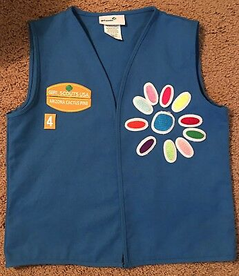 GSA Daisy Girl Scouts of America Uniform Vest With Patches Size S/M