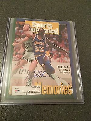 Magic Johnson Signed 1992 SI Magazine (PSA/DNA)