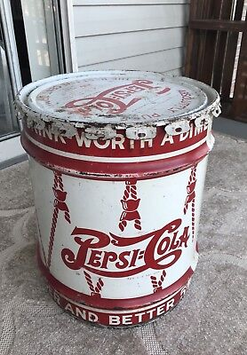 NICE 1940 PEPSI-COLA 10-GALLON DRUM SYRUP CONTAINER with LID