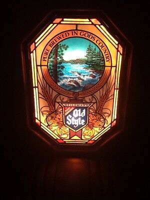 OLD STYLE BEER SIGN WITH ROLLING RIVER WATER MOTION FOREST VTG 80s BAR PUB LIGHT